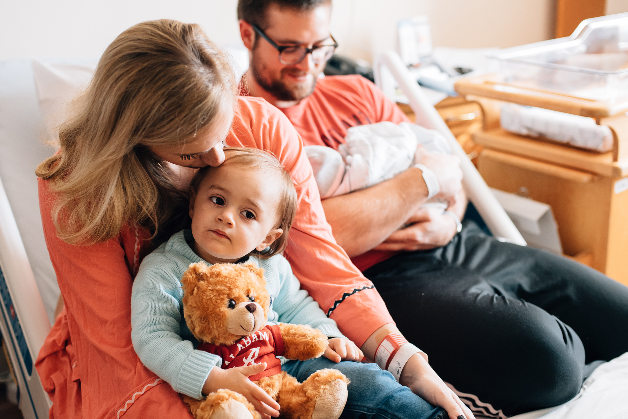 mommy-and-me-baby-photographer-Musa-Natural-Photography-lifestyle-Newborn-family-buford-johns-creek-alpharetta-lawrenceville-suwanee-gainesville-norcross-duluth-roswell-cumming-lithonia-in-home-daddy-tea-party