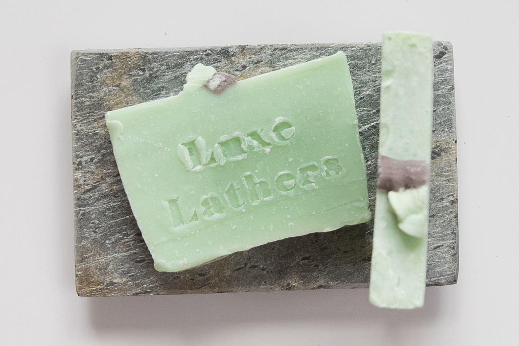 product-photography-maker-small-business-candle-lotion-bath bombs-marketing